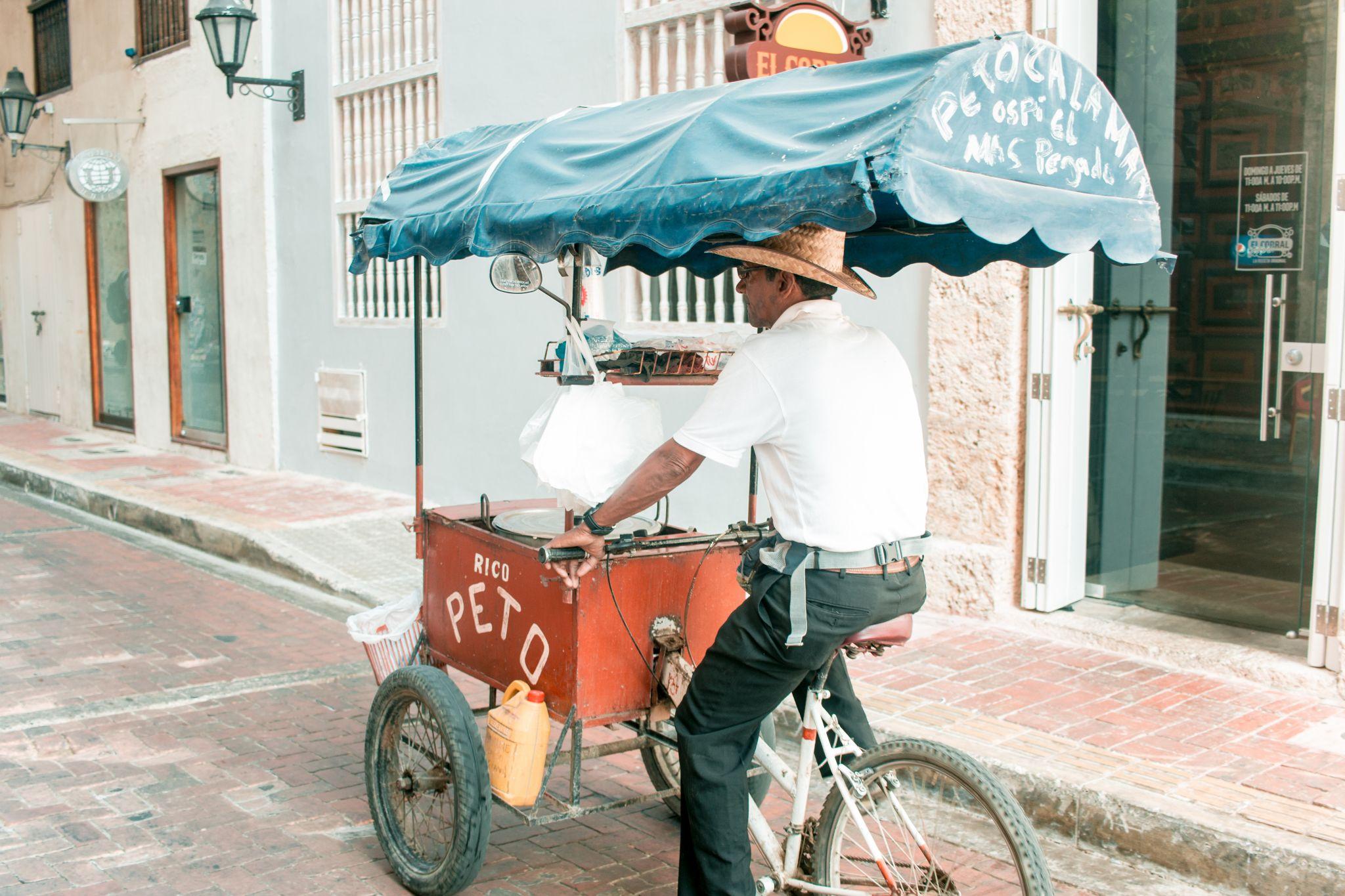 Cartagena Travel Guide arepa seller
