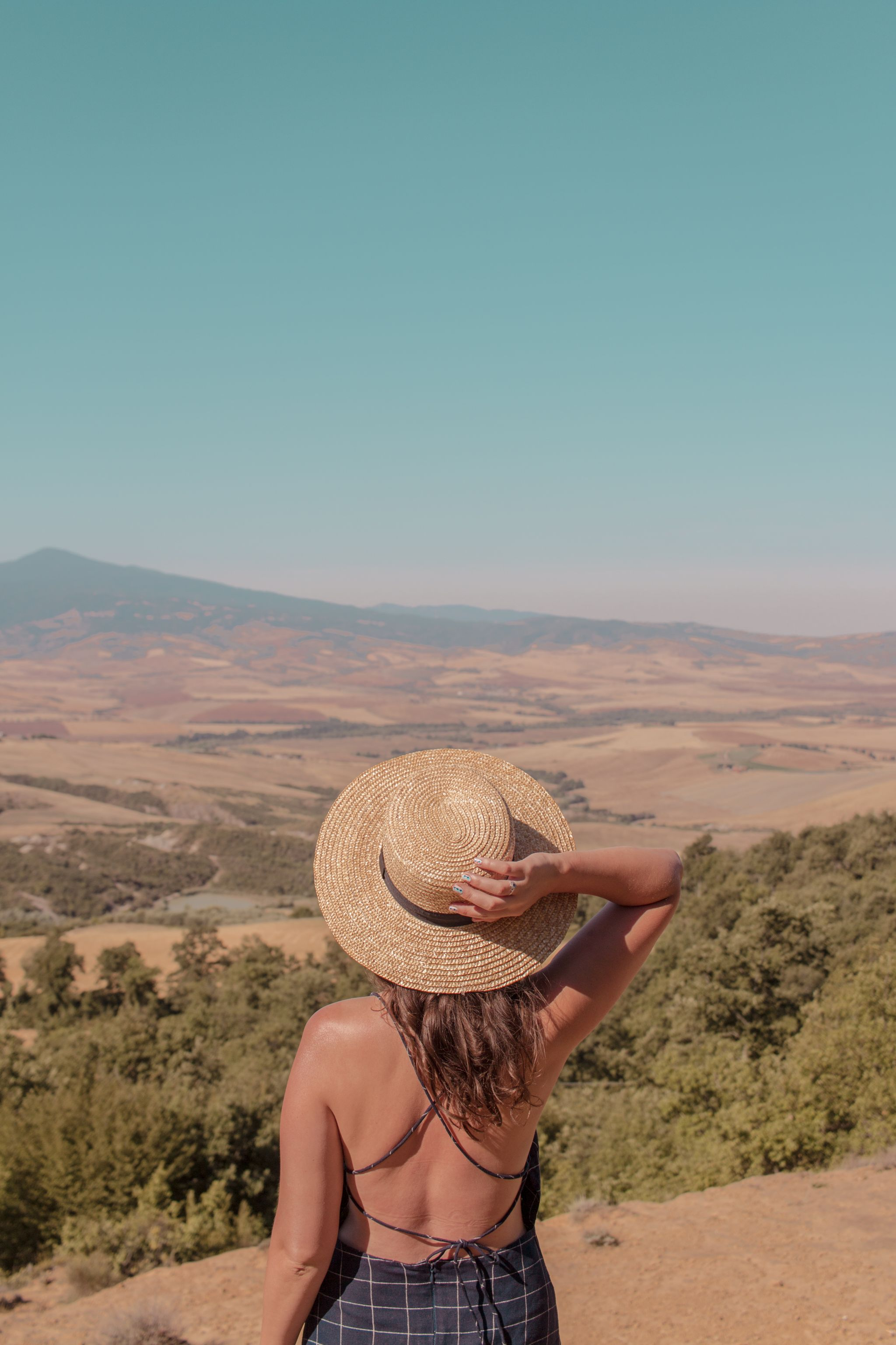 Val-d'orcia-tuscany-view-italy-travel-guide