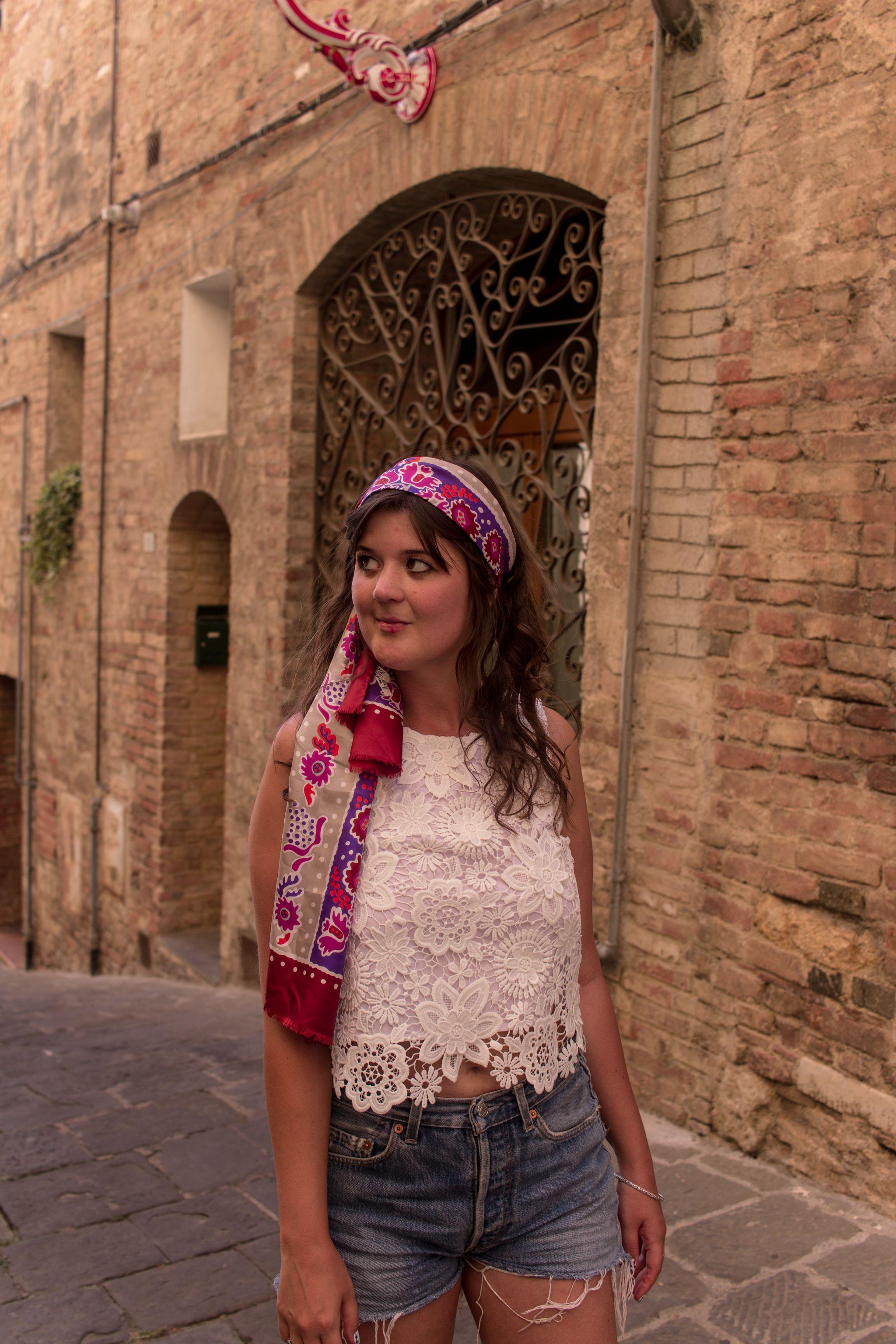trendlistr-vintage-fashion-givenchy-scarf