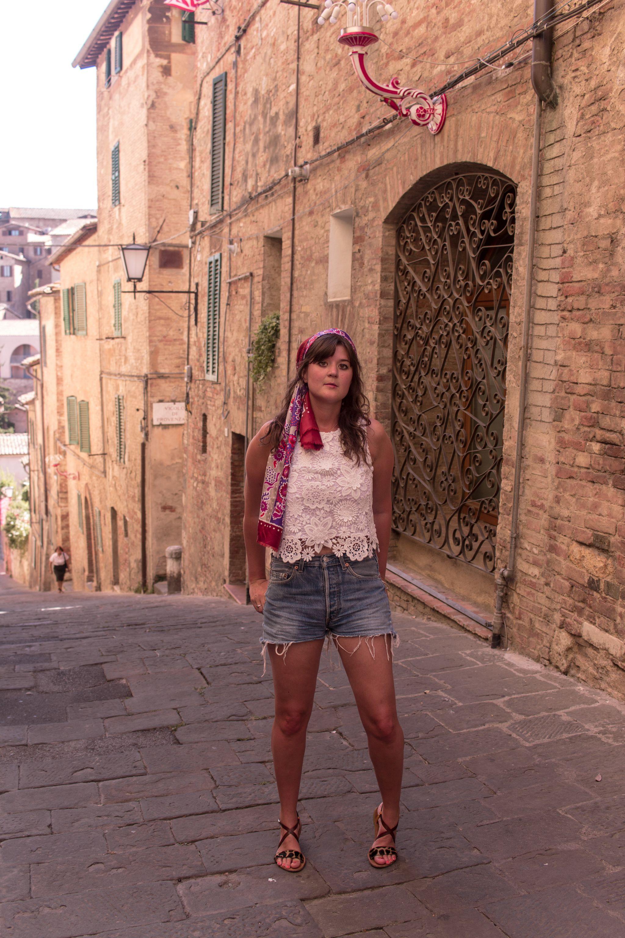 trendlistr-vintage-scarf-givenchy-tuscany