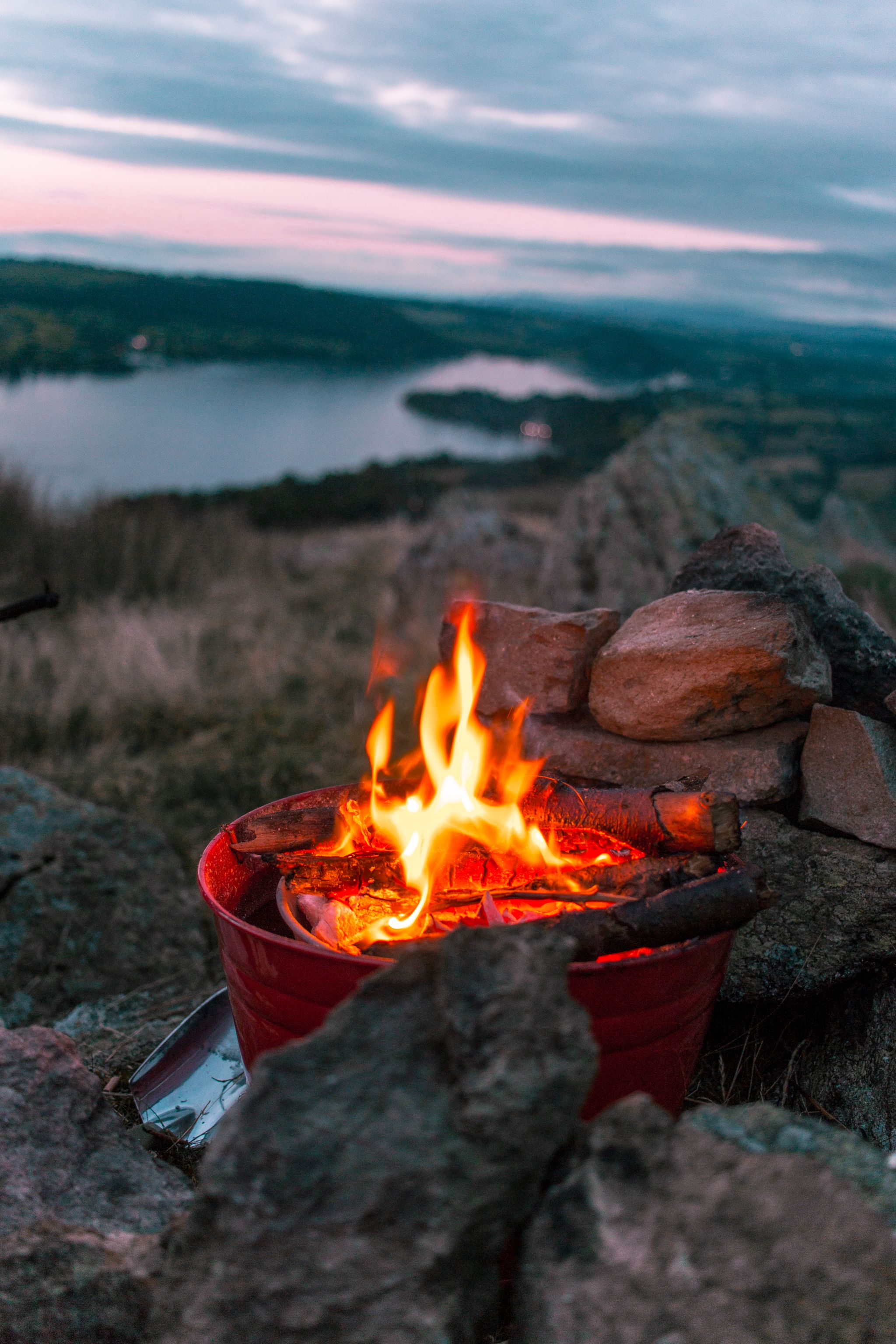 wild-camping-guide-lake-district-campfire
