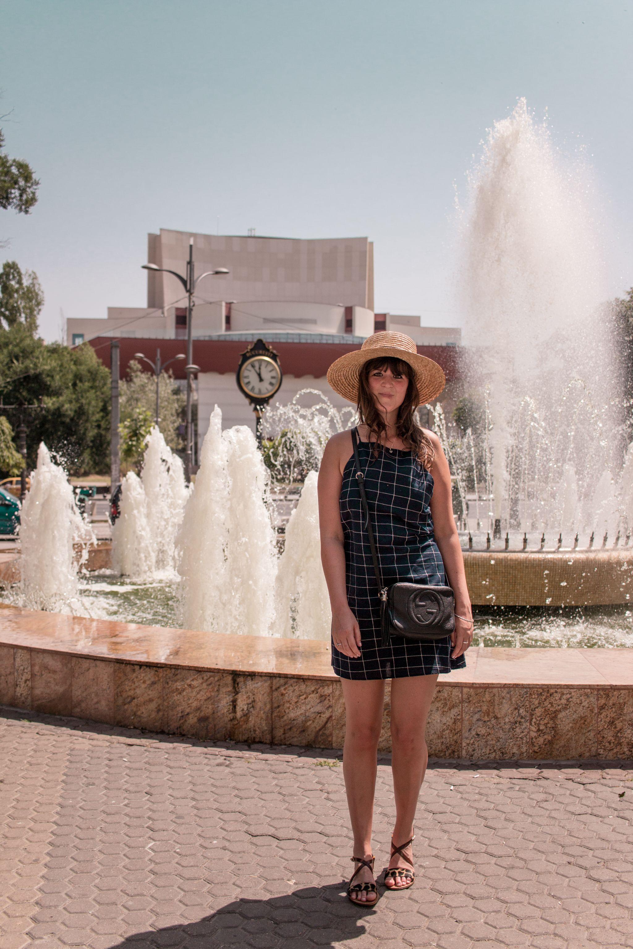 Bucharest Travel Guide Fountain