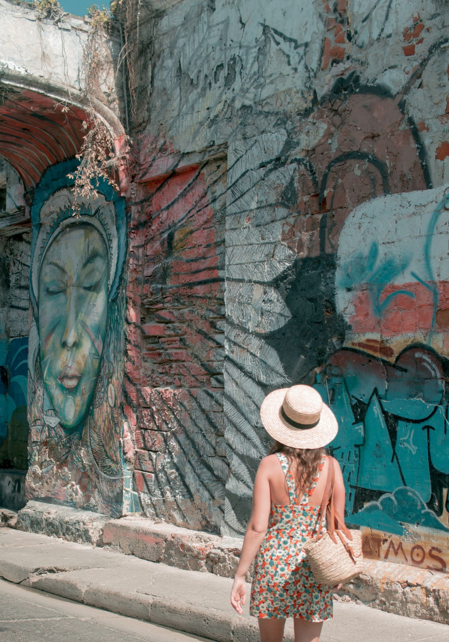 Cartagena Travel Guide Colombia street art 2